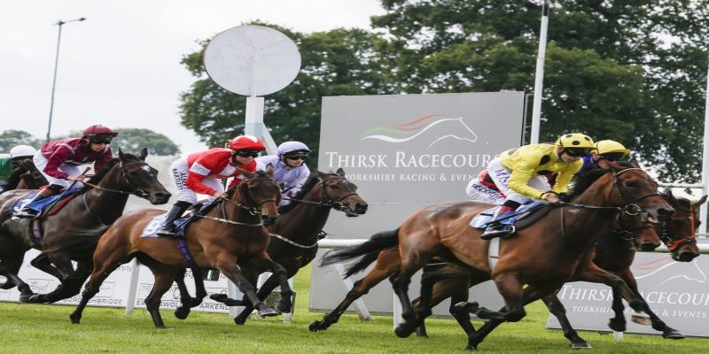 thirsk racing