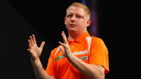 Darts: UK Open Betting Preview & Tips (Starts 11am Friday)