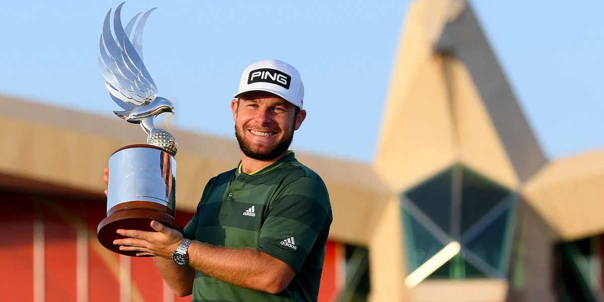 Sterne passes test to lead Desert Classic after first round 64